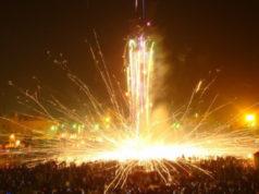 Lễ hội đốt pháo đài nam